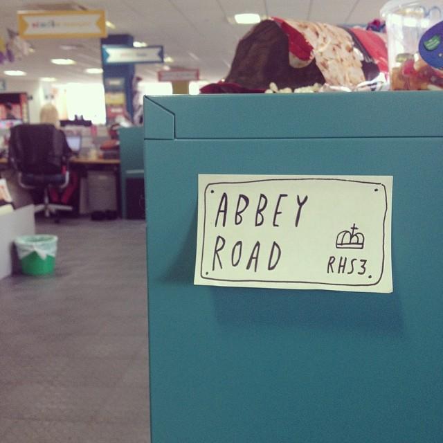 Abbey_road_tigerprint_streetsign_studio_design